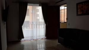 Habitaciones en Medellín (Apartahotel Ferjaz), Гостевые дома  Медельин - big - 154