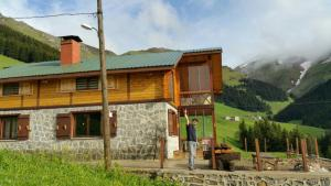 Azra Dağ Evi̇, Alpesi faházak  Güzelce - big - 28