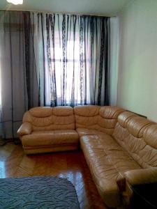 Apartment on Sofiivs'ka Street 4