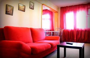 Dobrye Sutki Apartment on Mukhacheva 133 - Lesnoye