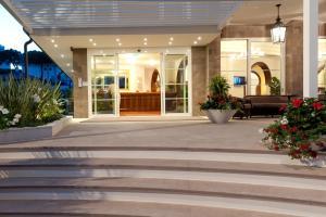 Hotel Belvedere, Отели  Морской Милан - big - 85