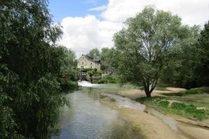 Le Moulin St Jean, Bed & Breakfasts  Loches - big - 31