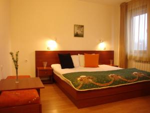 Edelweiss Park Hotel, Hotely  Bansko - big - 28