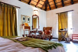 Suite 1 mit Kingsize-Bett (Shikwari Lodge)