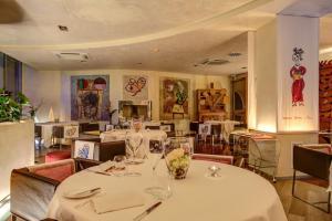 Hotel Waldorf- Premier Resort, Hotels  Milano Marittima - big - 100