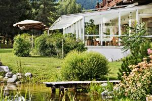 Kaysers Tirolresort – Wohlfühlhotel für Erwachsene, Hotels  Mieming - big - 44