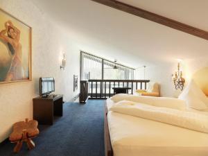 Kaysers Tirolresort – Wohlfühlhotel für Erwachsene, Hotels  Mieming - big - 11