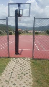 Caymanas Golf and Polo Resort, Pensionen  Caymanas - big - 25