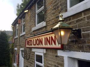 The Red Lion Inn, Inns  Holmfirth - big - 1