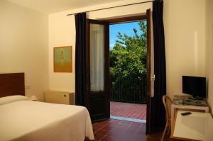Hotel Sonenga, Отели  Менаджо - big - 45
