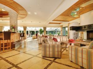 Kaysers Tirolresort – Wohlfühlhotel für Erwachsene, Hotels  Mieming - big - 36