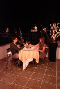Hotel & Suites Galeria, Hotely  Morelia - big - 30
