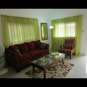 caymanas estate AJ Guest house, Ferienhäuser  Caymanas - big - 6