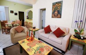Hotel & Suites Galeria, Hotely  Morelia - big - 4