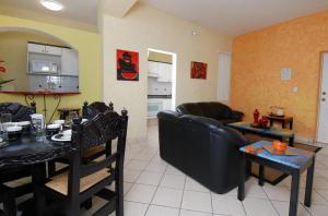 Hotel & Suites Galeria, Hotely  Morelia - big - 29