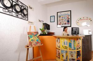 Hotel & Suites Galeria, Hotely  Morelia - big - 36
