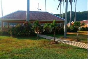 caymanas estate AJ Guest house, Prázdninové domy  Caymanas - big - 10