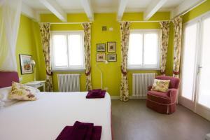 Agriturismo Castello di Vezio, Apartmanhotelek  Varenna - big - 41