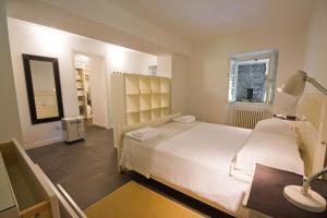 Agriturismo Castello di Vezio, Apartmanhotelek  Varenna - big - 9