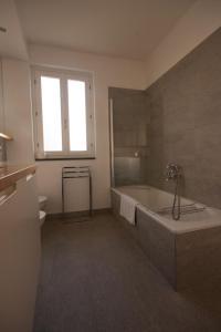 Agriturismo Castello di Vezio, Apartmanhotelek  Varenna - big - 52