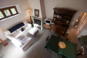 Agriturismo Castello di Vezio, Apartmanhotelek  Varenna - big - 58