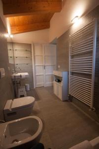 Agriturismo Castello di Vezio, Apartmanhotelek  Varenna - big - 65