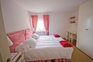 Agriturismo Castello di Vezio, Apartmanhotelek  Varenna - big - 62