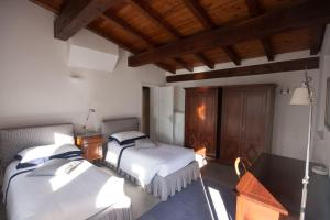 Agriturismo Castello di Vezio, Apartmanhotelek  Varenna - big - 46