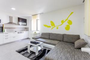 Apartments Dalmacija, Apartmanok  Omiš - big - 34