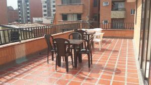 Habitaciones en Medellín (Apartahotel Ferjaz), Гостевые дома  Медельин - big - 114