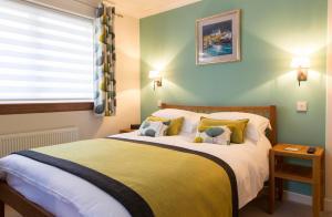 Flowerburn - Accommodation - Nairn