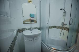 Hotel Novaya, Bed & Breakfasts  Voronezh - big - 50