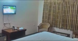 Gayathri Hotels, Hotels  Tiruppūr - big - 16