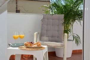 Ahro Suites, Apartmanok  Málaga - big - 57