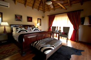 Umzolozolo Private Safari Lodge