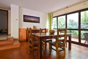 Appartamenti Punta Aguzza, Apartmány  Aci Castello - big - 6