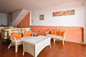 Appartamenti Punta Aguzza, Apartmány  Aci Castello - big - 9