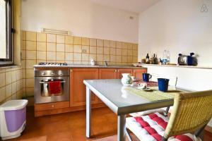 Appartamenti Punta Aguzza, Apartmány  Aci Castello - big - 10