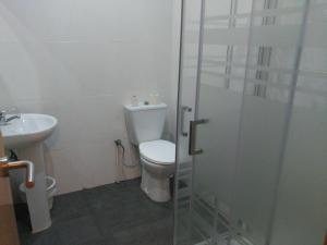 Economy Double Room with Private Bathroom