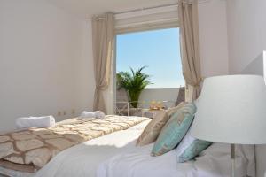Ahro Suites, Апартаменты  Малага - big - 37
