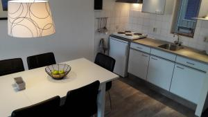 Appartement Hollumerstrand, Apartmány  Hollum - big - 35