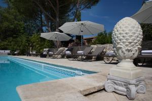 Hostellerie Le Roy Soleil, Hotel  Ménerbes - big - 17