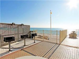Treasure Island 2212 by RealJoy Vacations, Apartments  Panama City Beach - big - 10