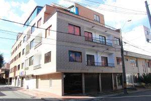 Habitaciones en Medellín (Apartahotel Ferjaz), Гостевые дома  Медельин - big - 136