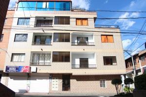 Habitaciones en Medellín (Apartahotel Ferjaz), Гостевые дома  Медельин - big - 137