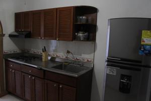 Habitaciones en Medellín (Apartahotel Ferjaz), Гостевые дома  Медельин - big - 118