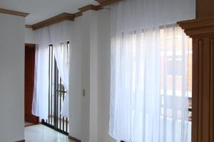 Habitaciones en Medellín (Apartahotel Ferjaz), Гостевые дома  Медельин - big - 122
