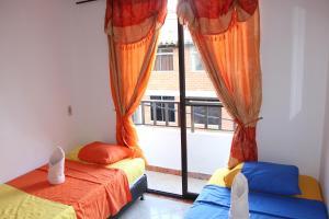 Habitaciones en Medellín (Apartahotel Ferjaz), Гостевые дома  Медельин - big - 28