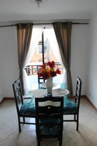 Habitaciones en Medellín (Apartahotel Ferjaz), Гостевые дома  Медельин - big - 129