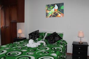Habitaciones en Medellín (Apartahotel Ferjaz), Гостевые дома  Медельин - big - 16